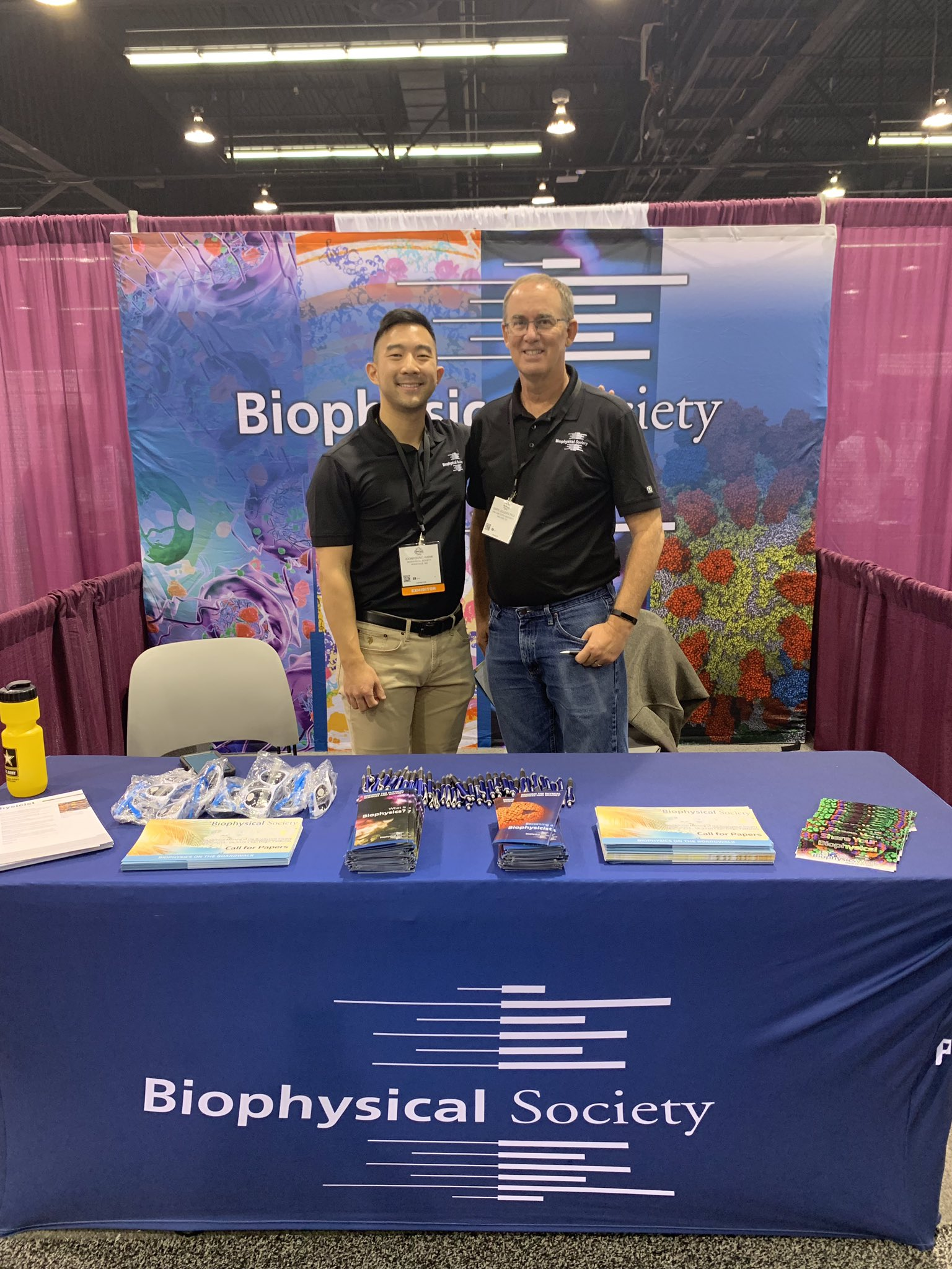 Joon Kwak (Left) and Daryl Eggers (Right), excited to interact with conference attendees!