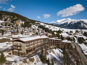 Biology and Physics Confront Cell-Cell Adhesion - Aussois, France 2019