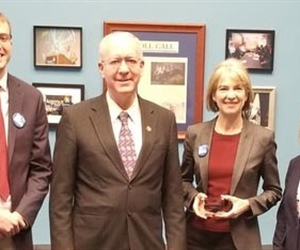 Biophysical Society and Congressman Foster host  Jennifer Doudna for CRISPR-101 Briefing